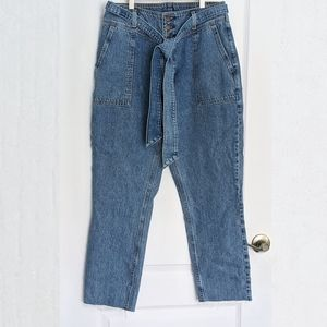 Abercrombie & Fitch mom jeans high rise jeans size 29 distressed hems on legs